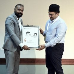 Selected Canvas frames from Slogans of the Sage) awarded by Sayyid Munavvar Ali Shihab Thangal at Sayyid Shihab International Summit