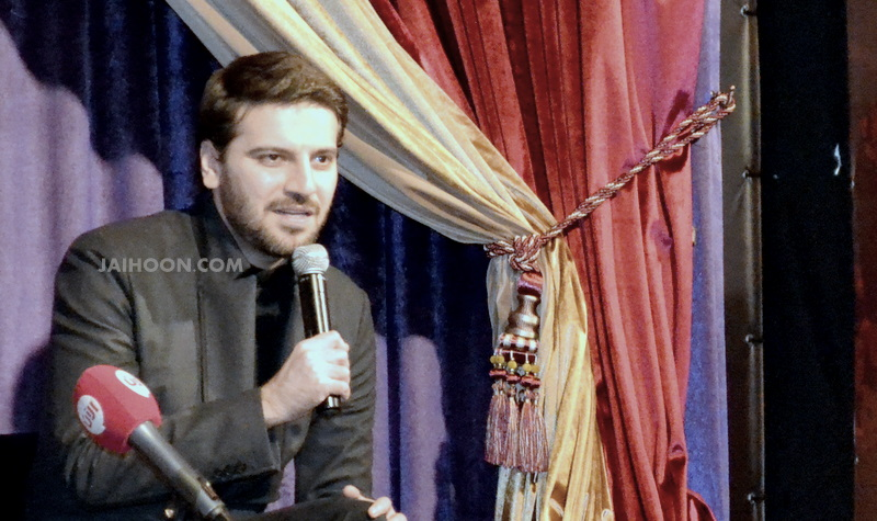 Sami Yusuf at the 1001 Inventions exhibition