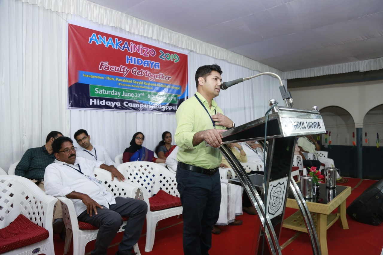 Jaihoon speaking at Darul Hidaya Edappal