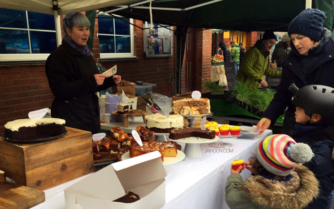 Baker at Queens Park Farmer's Market, Salusbury - London
