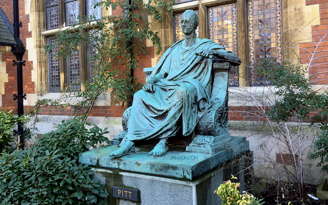 Statue of William Pitt the Younger at Pembroke College, University of Cambridge